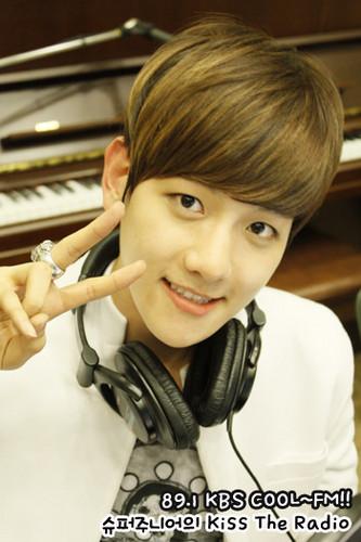 EXO-K Baek Hyun @ halik The Radio