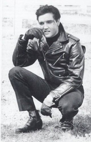 Elvis - rocknroll-remembered Photo