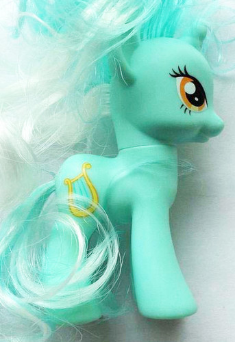 Expected Ponies #12: Lyra Heartstrings