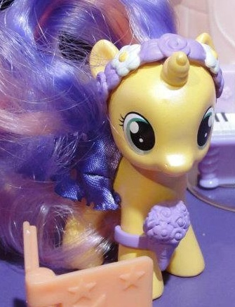Expected Ponies #9: Unknown Baby Unicorn