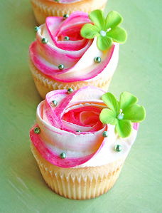 Flower Cupcakes - cupcakes Photo