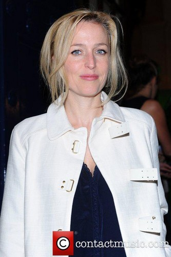 Gillian Anderson : Shrek the Musical 1 taon Anniversary
