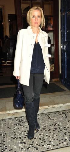 Gillian Anderson : Shrek the Musical 1 سال Anniversary