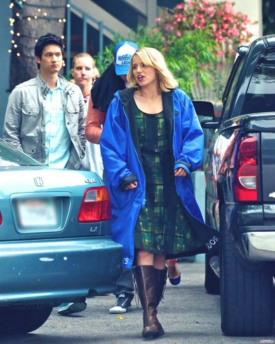 Glee cast out to lunch - dianna-agron Photo