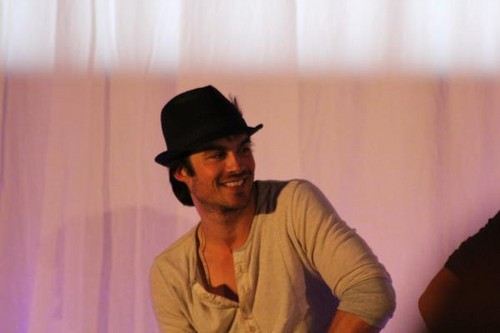 Ian Somerhalder wallpaper titled Ian @ Bloody Night Con