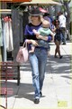 January Jones &amp; Baby Xander: Friday Lunch - january-jones photo