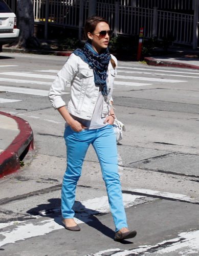 Jessica - Out on Melrose in Los Angeles - April 02, 2012