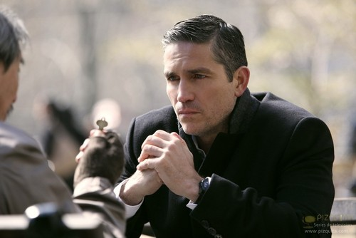"John Reese kertas dinding called John Reese || 1x21 ""Many Happy Returns"""