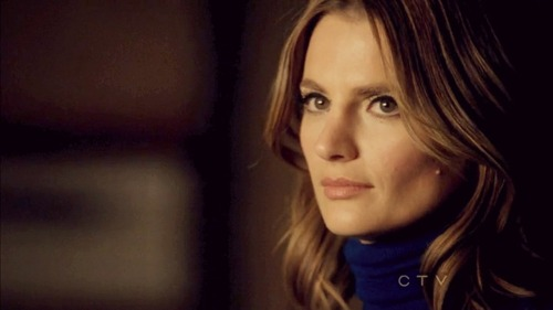 Kate Beckett wallpaper containing a portrait titled Kate <3
