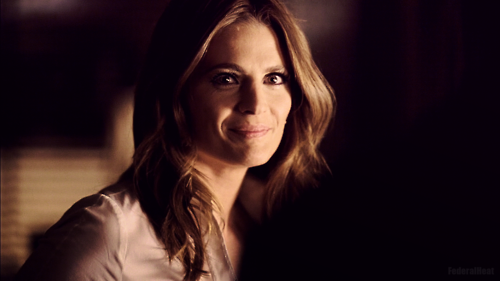 Kate Beckett karatasi la kupamba ukuta probably containing a well dressed person and a portrait titled Kate <3