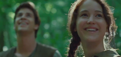 Katniss and Gale Hunring - the-hunger-games Photo