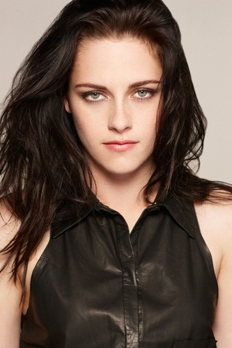 Kristen Stewart fond d'écran with a portrait titled Kristen on SWATH Promo Phootoshoot outtakes