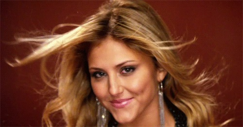 Make It 또는 Break It 바탕화면 containing a portrait and attractiveness called Cassie Scerbo Face