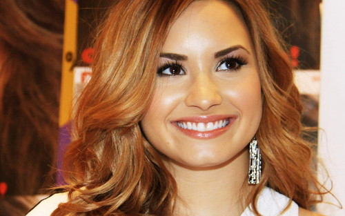 Lovato Wallpaper - demi-lovato Wallpaper