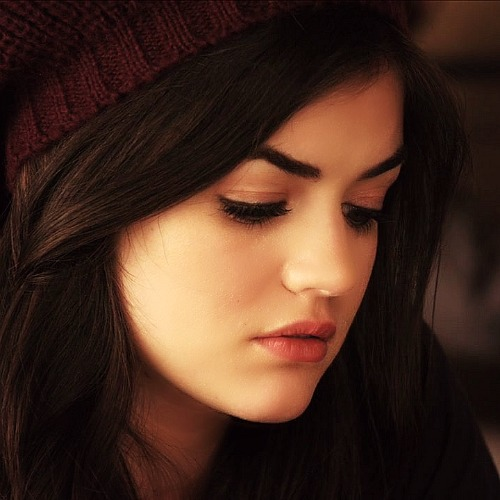 Lucy Hale wallpaper possibly with a portrait called Lucy