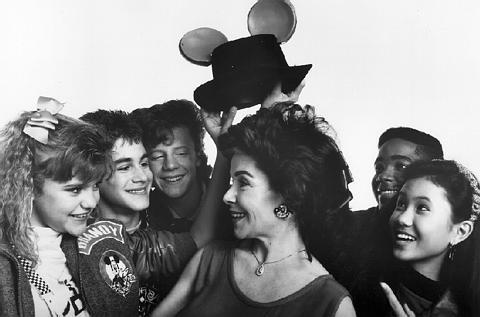 MMC Cast 1990s and Annette