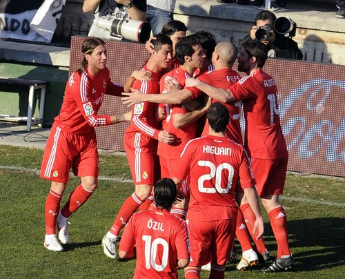 Madridistas in red