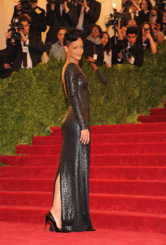 Metropolitan Museum Of Art's Costume Institute Gala In NYC [7 May 2012] - rihanna Photo