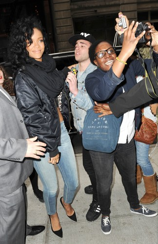 Midtown Hotel With Fans In NYC [3 May 2012] - rihanna Photo