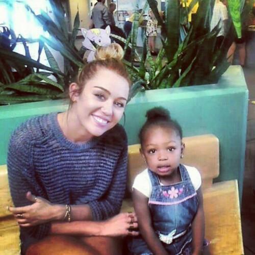 Miley & Fans