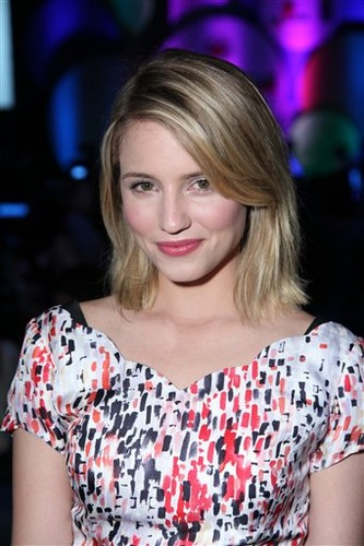 Dianna Agron wallpaper possibly containing a portrait titled More pictures of Dianna at Spring Break 2012 Destination Education