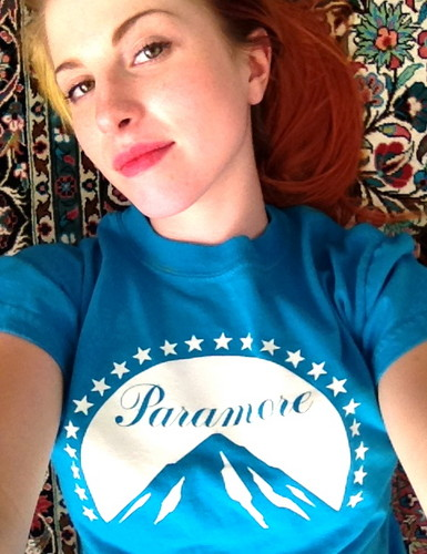 Hayley Williams fond d'écran containing a jersey titled New photos