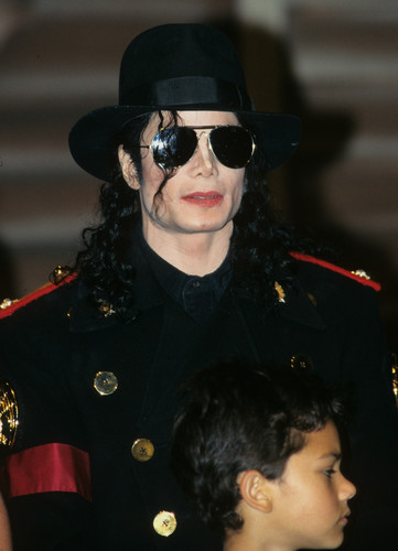 OOOOOOH MY GOD MICHAEL Ты TAKE MY BREATH AWAY Ты SEXY SEXY MAN!!!!!!