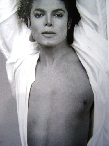 Oh Michael your so damn sexy... I can't breath!!!