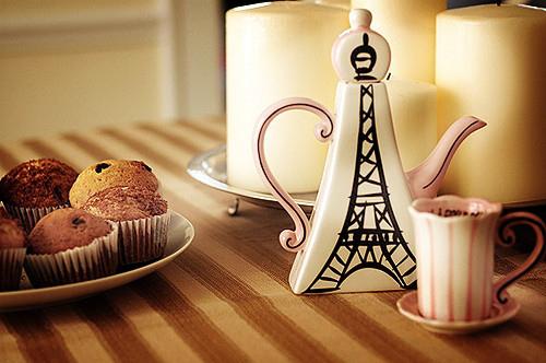 Paris चाय Party :)