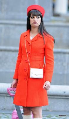 Rachel Berry karatasi la kupamba ukuta titled Rachel in NYC
