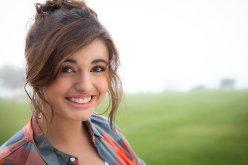 Rebecca Black fondo de pantalla possibly containing a portrait titled Rebecca Black