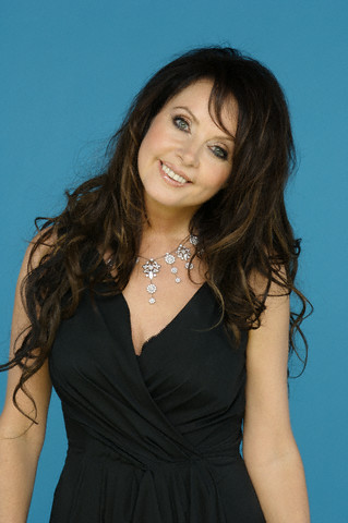 sarah brightman wallpaper possibly with a koktil, koktail dress and a portrait entitled Sarah Brightman