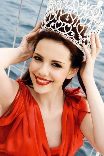 Selen Soyder Miss Turkey 2008 Beautiful ..