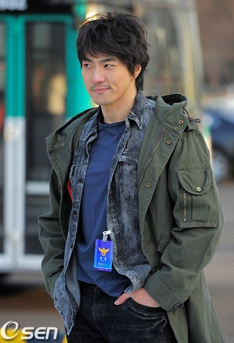 Song Il Gook as Park Se-Hyuk