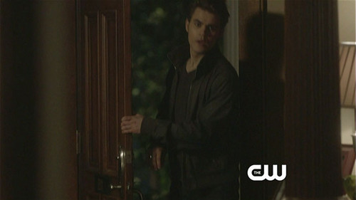 Stefan and Elena 3x22 - the-vampire-diaries-tv-show Photo