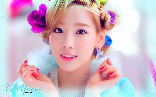 """TaeTiSeo Taeyeon """"Twinkle"""""""