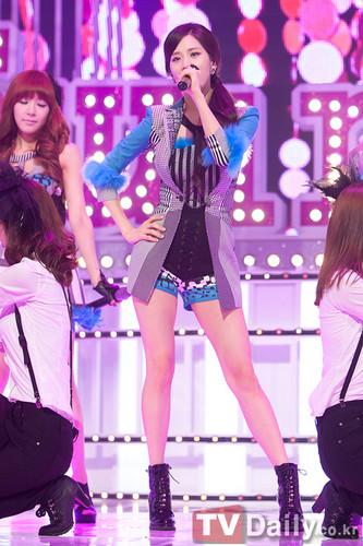 """TaeTiSeo """"Twinkle"""" @ M! Countdown"""