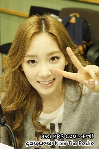 SNEISM Images Taeyeon Tiffany Seohyun KBS Cool FM Kiss The Radio Wallpaper And Background Photos