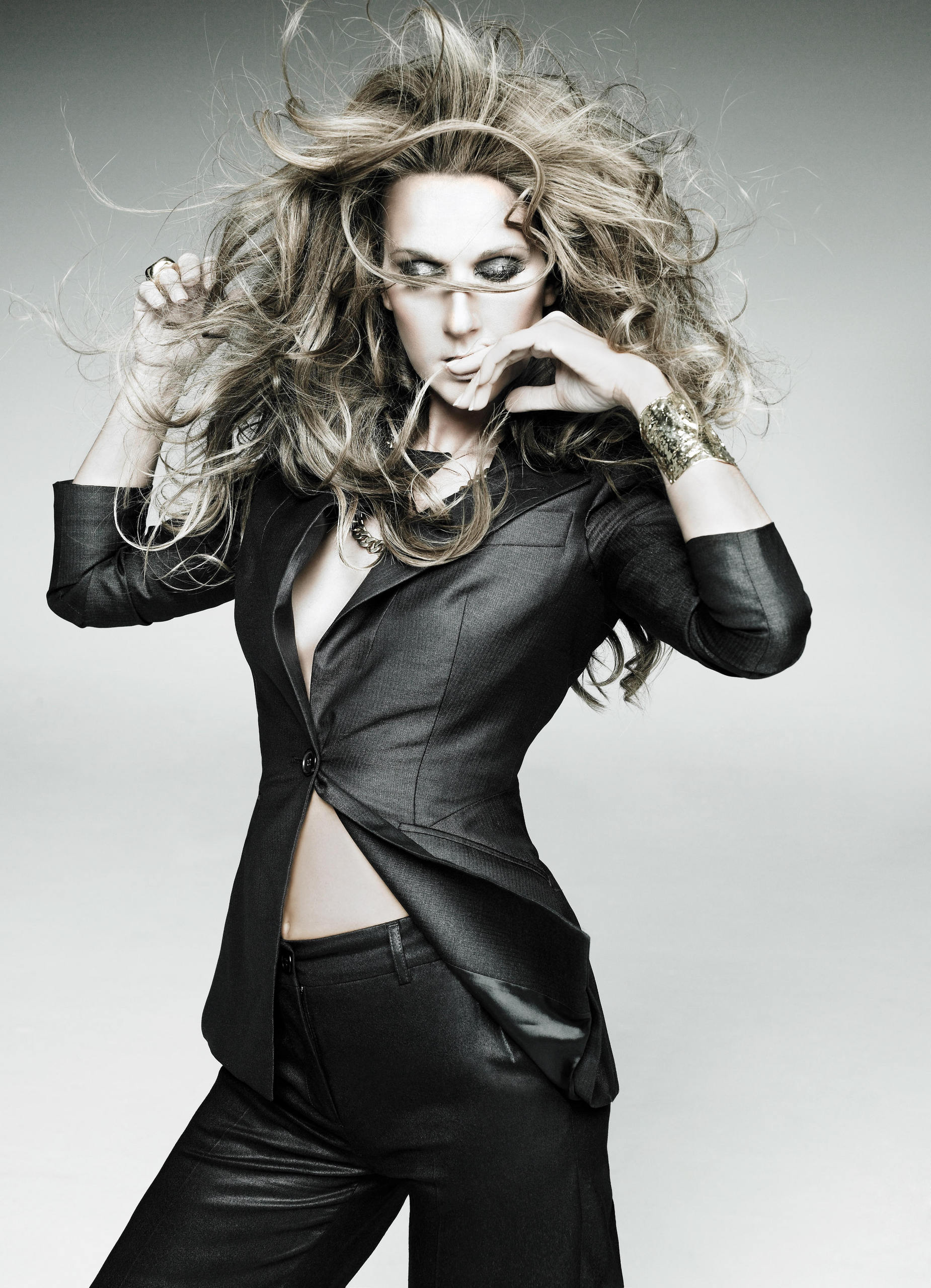 Taking Chances Album Photoshoot by Ruven Afanador 2007