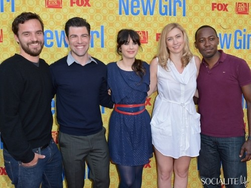 The Academy of Fernsehen Arts & Sciences' Screening Of Fox's 'New Girl' <333