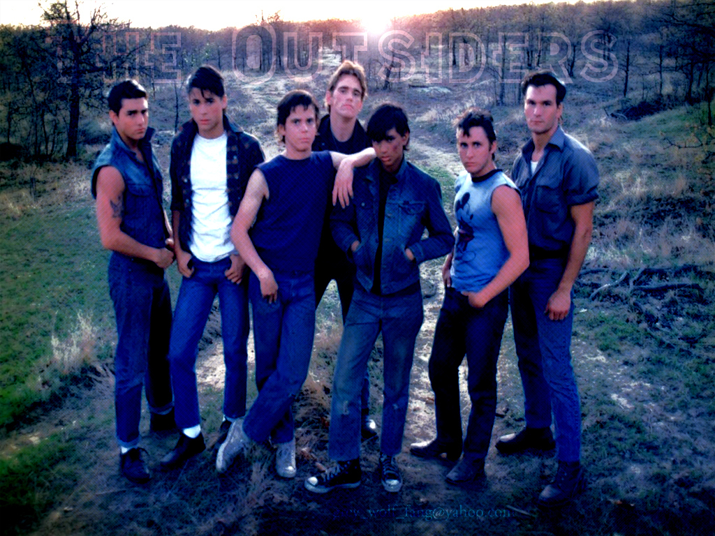 a review of the character of ponyboy curtis in the outsiders a coming of age novel by s e hinton