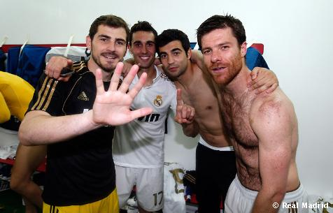 Xabi Celebrating Real Madrid's 32 Ligas