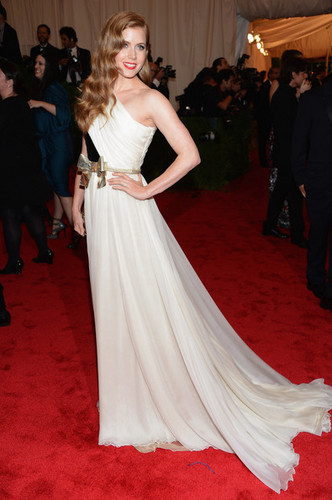 Amy Adams wallpaper probably containing a gown, a bridal gown, and a bridesmaid titled at the Met Gala