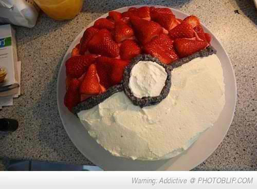 Food wallpaper with a cupcake entitled pokeball cake