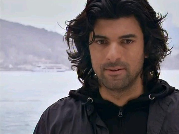 Engin akyürek my love!!!