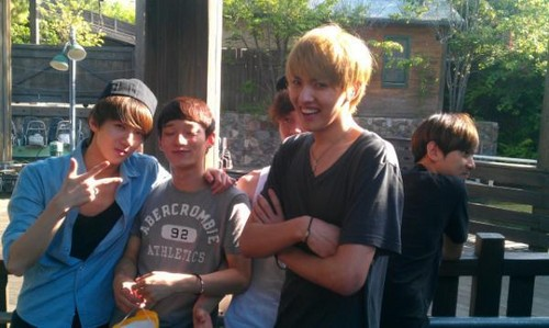 120519 EXO at Disneyland  - exo-%EC%97%91%EC%86%8C Photo