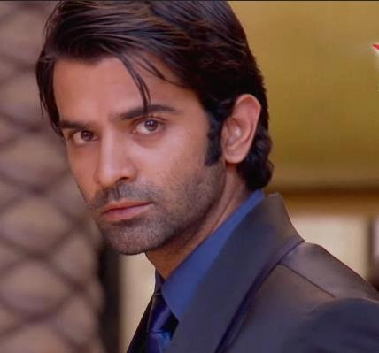 Iss Pyar Kya Naam Doon kertas dinding containing a business suit and a portrait called Arnav