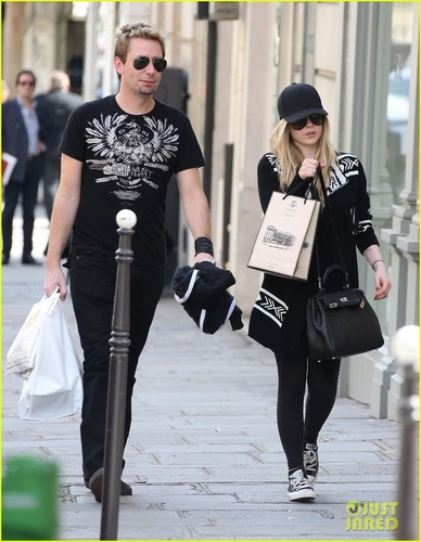 Avril Lavigne & Chad Kroeger: Parisian Pair
