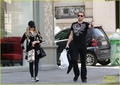 Avril Lavigne &amp; Chad Kroeger: Parisian Pair - chad-kroeger photo