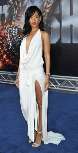 Battleship Premiere In Los Angeles [10 May 2012] - rihanna Photo